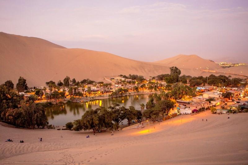 Bouwstenen – Langs de Kust van Peru