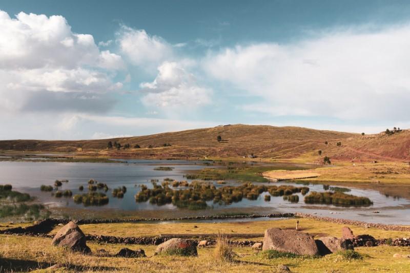 Bouwstenen – Bij de Locals op het Titicacameer